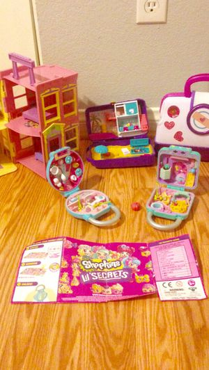Girls 5 piece toy bundle for Sale in Nellis Air Force Base, NV