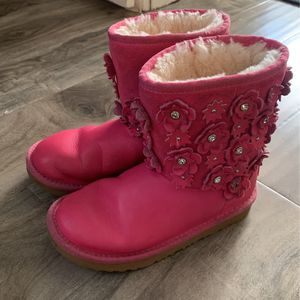 UGG Boots - Size 1 Little Girls for Sale in Hermosa Beach, CA