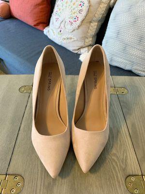 Beige High Heel Pumps- Macy's Size 7.5 for Sale in Golden, CO