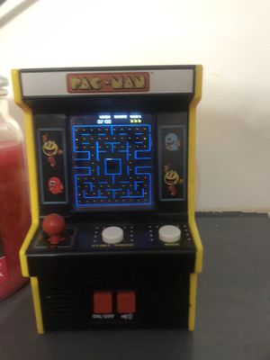 mini pac man game for Sale in Saint Clairsville, OH