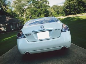 altima nissan 2008 family runabout for Sale in Baltimore, MD
