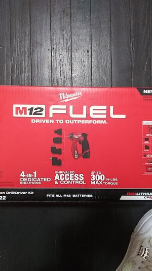 Milwaukee m12fuel installation drill/driver kit for Sale in Indianapolis, IN