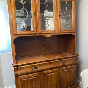 Free China Cabinet for Sale in Concord, CA