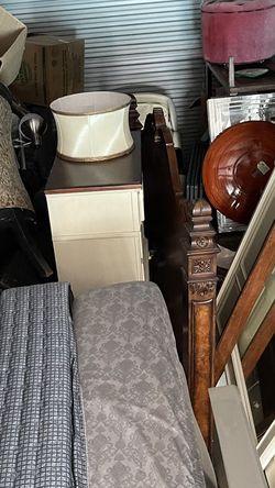 Queen-size Bedroom Set for Sale in Ocala,  FL