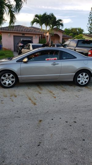 Honda civic coupe 2008 for Sale in Fort Lauderdale, FL