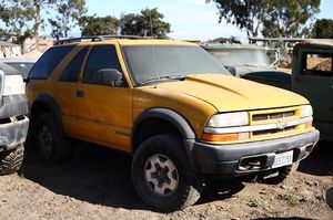 Parting out 2002 Chevy Blazer ZR-2! FIRST COME FIRST SERVE! for Sale in Chula Vista, CA