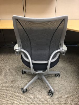 Black and grey humanscale office chair for Sale in Lithonia, GA