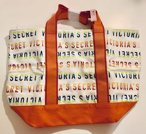 Brand new with tag Victoria Secrets zippered tote bag in rainbow 🌈 colors for Sale in Phoenix, AZ