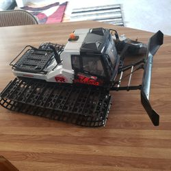 Rc 1 10 Scale Snow Plow. With Blade. Runs Good. for Sale in East Wenatchee,  WA