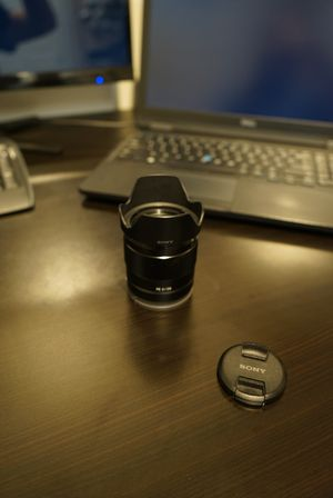 Sony FE 28mm f/2 for Sale in Denver, CO