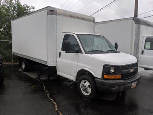 2005 GMC 3500 Box Truck for Sale in Salt Lake City, UT
