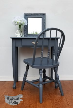 Adorable grey vanity with matching mirror and chair for Sale in Williamsport, PA