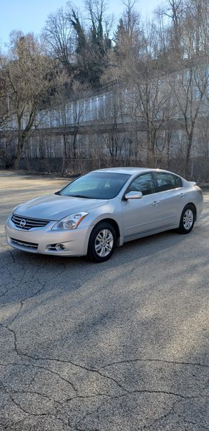 2011 Nissan Altima SE for Sale in Pittsburgh, PA
