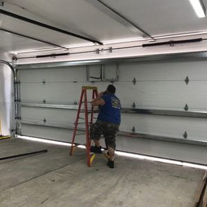 Garage door services and repair for Sale in Miami Springs, FL