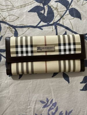 Burberry woman's for Sale in Los Angeles, CA