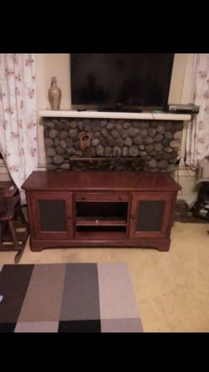 TV stand / entertainment center for Sale in Los Angeles, CA