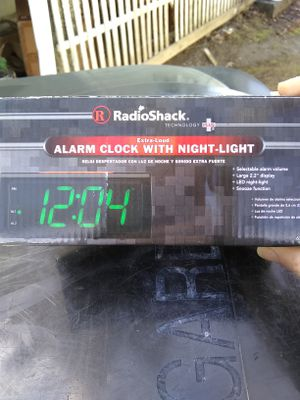 RadioShack Alarm Clock Night Light Extra Loud Time for Sale in Cleveland, OH