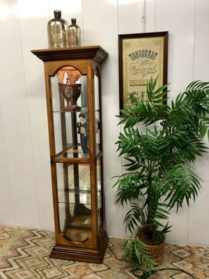 Wood Glass Display Curio Tower with 4 Shelves & Light (Delivery Service Available) for Sale in Boynton Beach, FL