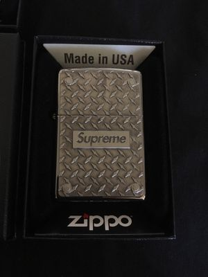 SUPREME SS19 DIAMOND PLATE ZIPPO for Sale in Long Beach, CA