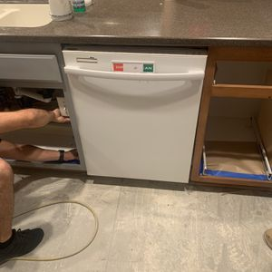 Whirlpool Dishwasher for Sale in Highland, CA