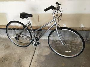 TREK 700 road bike inn Exellent condition for Sale in Nashville, TN
