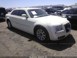 2010 Chrysler 300 for parts for Sale in Phoenix, AZ
