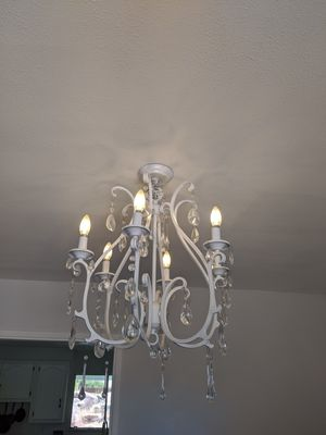 Beautiful chandelier with crystals and LED bulbs for Sale in Apple Valley, CA