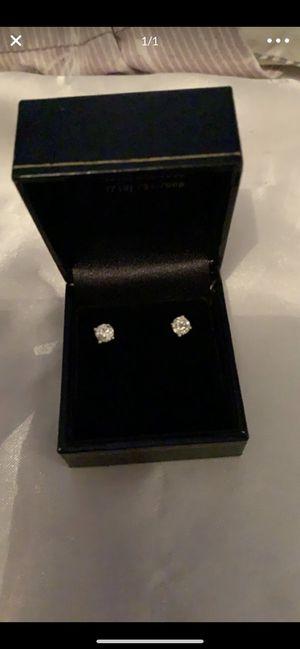 White gold diamond earrings for Sale in San Fernando, CA