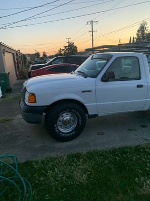 2006 ford ranger in good condition; title in hand 234,00 miles with smog check & 1,200 on tires,rack, toolbox 🧰 for Sale in San Lorenzo, CA