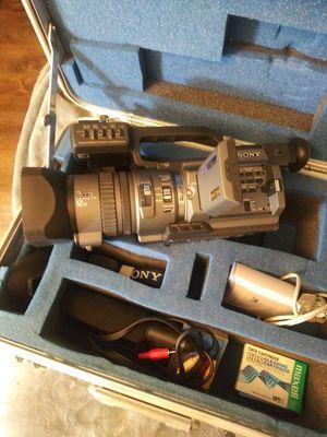 Sony video camera for Sale in Brockton, MA