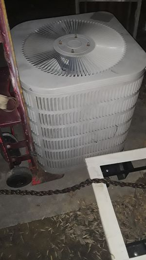 Goodman 3 ton r-22 condenser for Sale in Dallas, TX