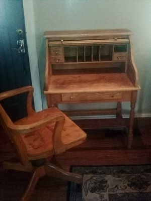 Rolltop desk, chair, mirror, and clock for Sale in Modesto, CA