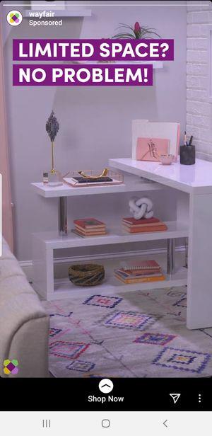 White desk for Sale in Franklin, TN
