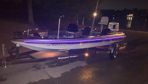 Bass Boat for Sale in Lebanon, TN