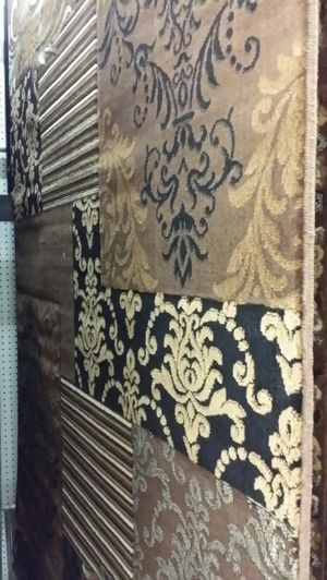 Area rugs 5 × 7 available for Sale in Glendale, AZ