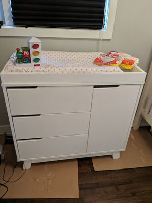 Babyletto Changing Table Dresser for Sale in Chicago, IL