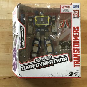 War For Cybertron Transformers Soundwave for Sale in Sloan, NV