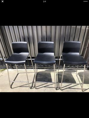 """Ikea Glenn black stools great condition 26""""from seat down .(paid $69.99 each ) asking $100 for all 3 or best offer sorry no delivery for Sale in South Gate, CA"""
