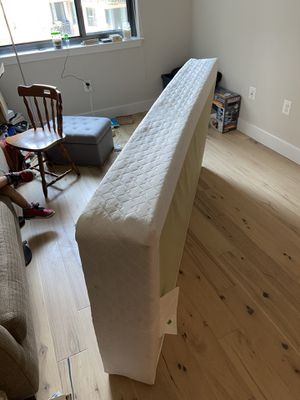 Twin size mattress box frame. for Sale in Washington, DC