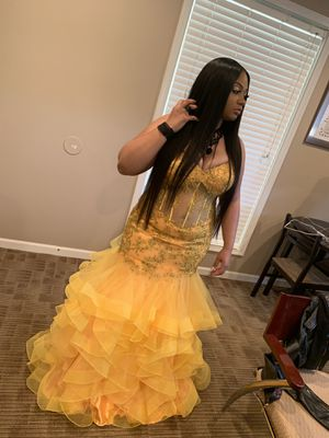Prom dress for Sale in Lisle, IL