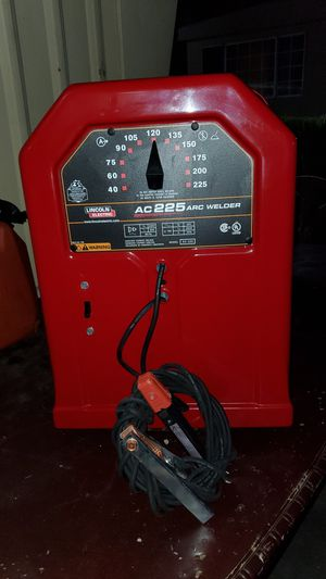 LINCONLN ELECTRIC AC225 ARC WELDER ESTÁ NUEVA for Sale in San Bernardino, CA