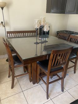 Beautiful Dining Table for Sale in Jurupa Valley,  CA