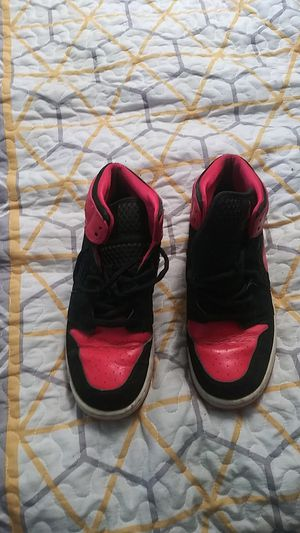 Nike shoes size 6.5 for Sale in Fair Oaks, CA