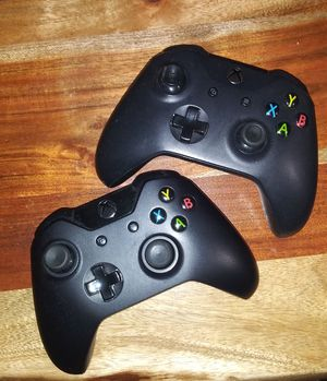 Xbox wireless controllers for Sale in Charlotte, NC
