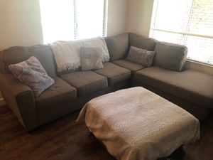 Sectional couch (Brown) for Sale in Fresno, CA
