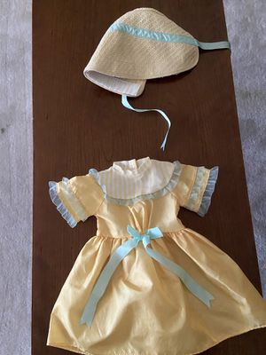 American Girl doll dress and bonnet for Sale in Lakewood, WA