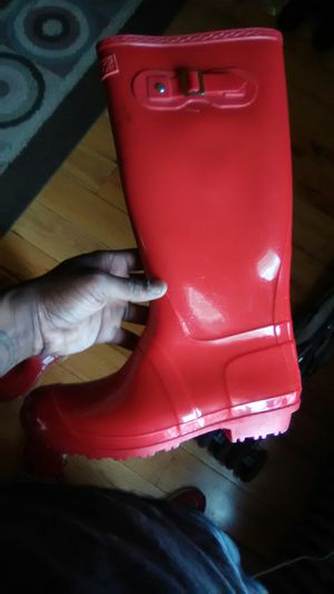 7 brand rain boots for Sale in Baltimore, MD