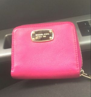 Pink Michael Kors Wallet for Sale in Arbutus, MD