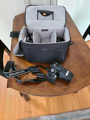 Olympus E-500 DSLR Camera w/ 4 lenses and accessories for Sale in Chicago, IL