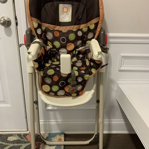 Baby Trend Easy Fold High Chair for Sale in Greer, SC